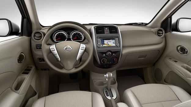 ������� ������ ����� ����� ���� �� 2015 Nissan Tiida S