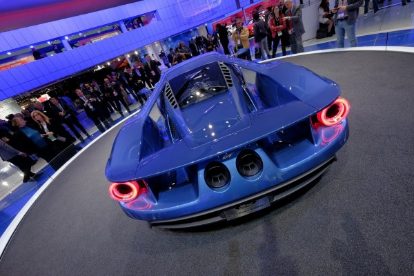 ������� ������ ����� ���� �� �� 2016 Ford GT