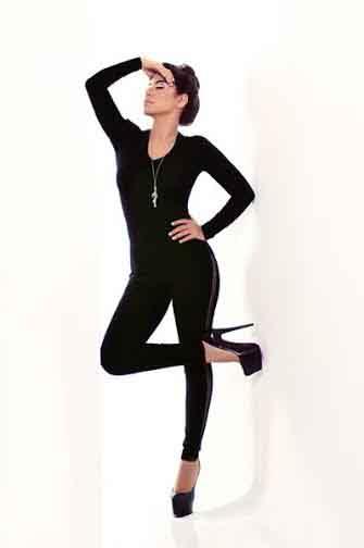 صور شيرين عبد الوهاب بملابس سوداء مثيرة 2015 cat woman
