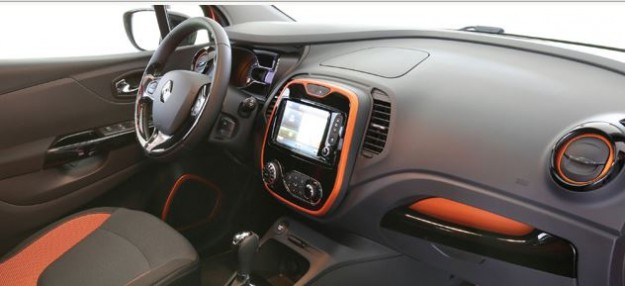 مواصفات سيارة رينو كابتور 2015
