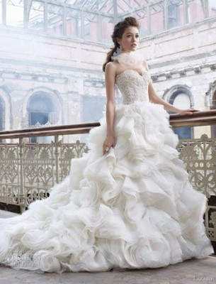 9b993262b صور فساتين عرايس مزركشة على الموضة 2015 , صور فساتين زفاف بالكرانيش 2015