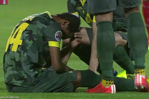 بالفيديو لحظة اصابة اللاعب إبراهيم غالب في مباراة لخويا 2015