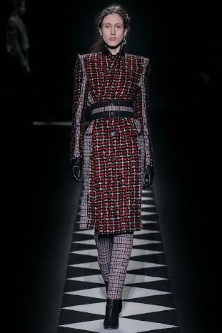 صور عرض أزياء حيدر أكرمان 2015 في أسبوع الموضة بباريس