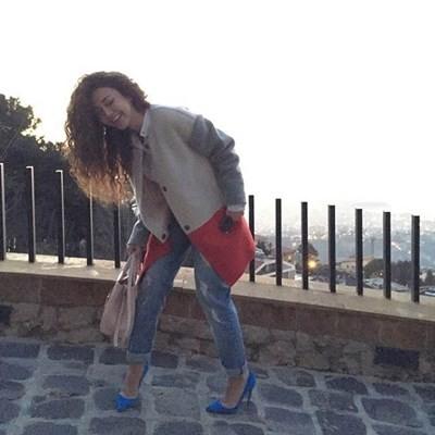 صورميريام فارس تستمتع بأشعة الشمس مريم فارس
