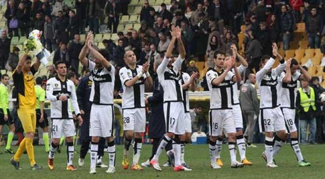 عاجل اعلان افلاس نادي بارما الايطالي اليوم 19-3-2015