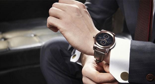 �������� ����� ���� ���� ������� ���� �� �� LG Watch Urbane