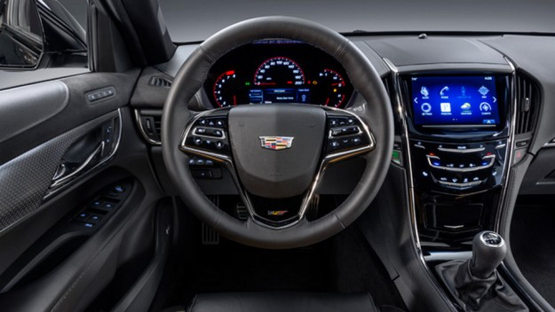 صور ومواصفات وسعر سيارة كاديلاك Cadillac ATS-V موديل 2016