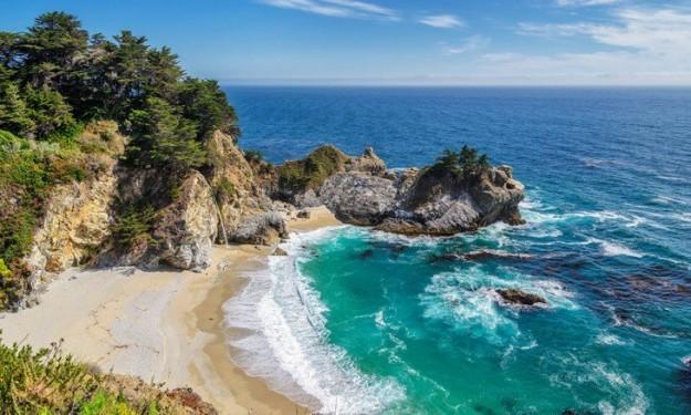 بالصور تعرف على أجمل 10 شواطئ فى العالم 2015/2016