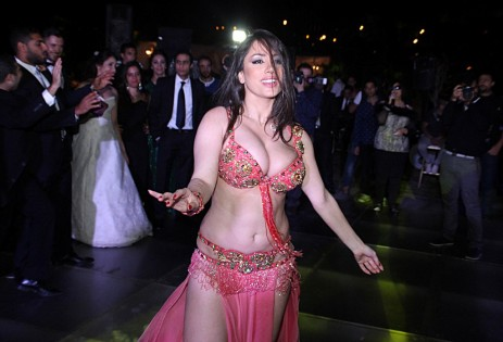 صور الراقصة إليسار  وهي عارية 2015 , صور اغراء إليسار  2016