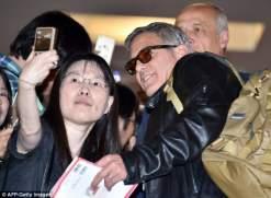 صور جورج كلوني وأمل علم الدين في طوكيو 2015