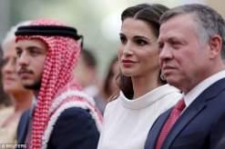 صور الملكة رانيا العبدالله في ذكرى الإستقلال الرسمي الـ69 في الأردن 2015