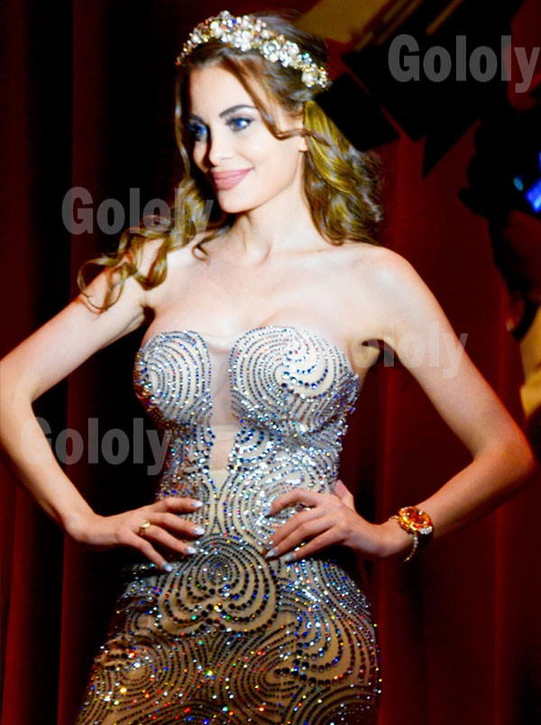 صور دومينيك حوراني في حفل ملكة جمال الإتحاد السوفييتي 2015