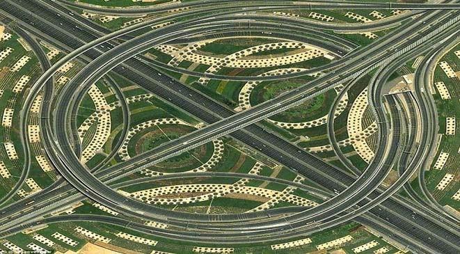 صور تقاطع الدوامة من السماء , صور تقاطع الدوامة في دبي 2015