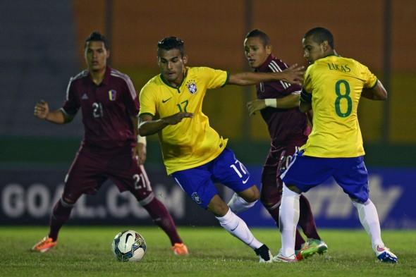 تشكيلة مباراة البرازيل وفنزويلا في كوبا أمريكا اليوم 22-6-2015