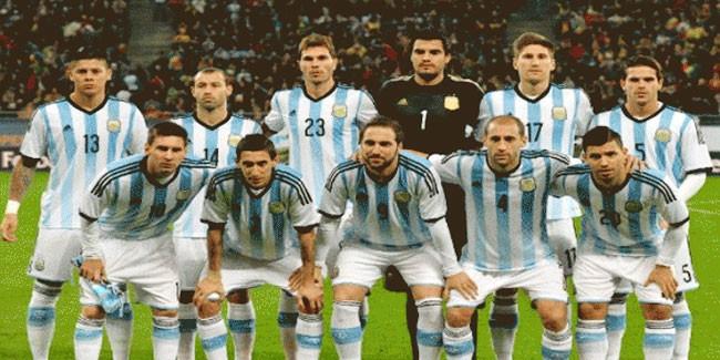 رسميا تشكيلة مباراة الأرجنتين وتشيلي
