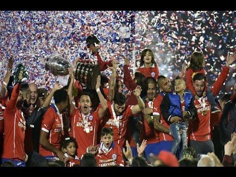 بالفيديو لحظة تتويج منتخب تشيلي بلقب بطل كوبا امريكا 2015 hd