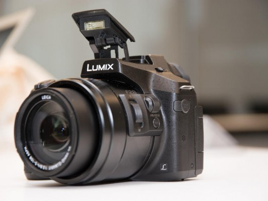 ��� �������� ���� ������ ��������� Lumix FZ300 ������� 2015