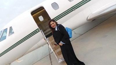 صور طائرة أحلام وهيفاء من الداخل 2015