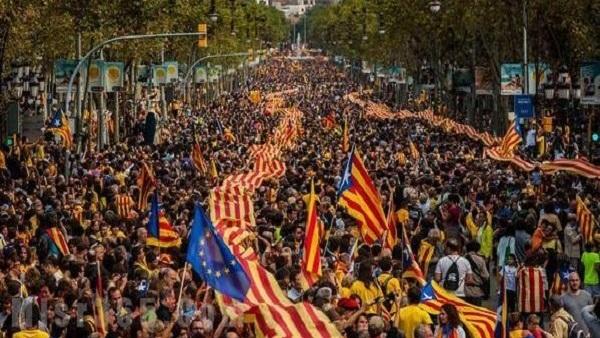 عاجل سحب الحكم الذاتي من كتالونيا اليوم السبت 21-10-2017