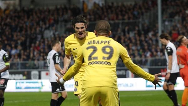 بالتفاصيل كافاني يسجل 100 هدف مع باريس سان جيرمان 2017