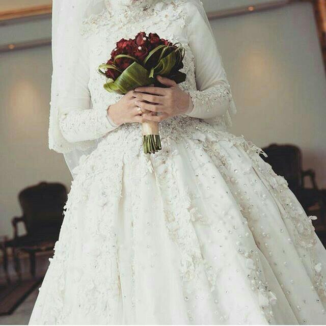 8722c136a415c صور فساتين زفاف للمحجبات 2018 2019