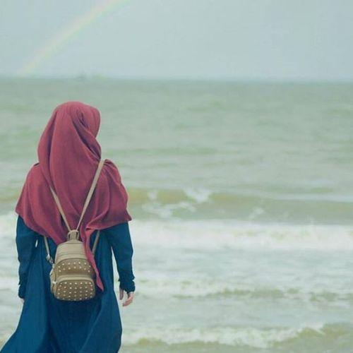 صور بنات محجبات عند البحر 2020