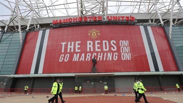 تأجيل مباراة ليفربول ومانشستر يونايتد