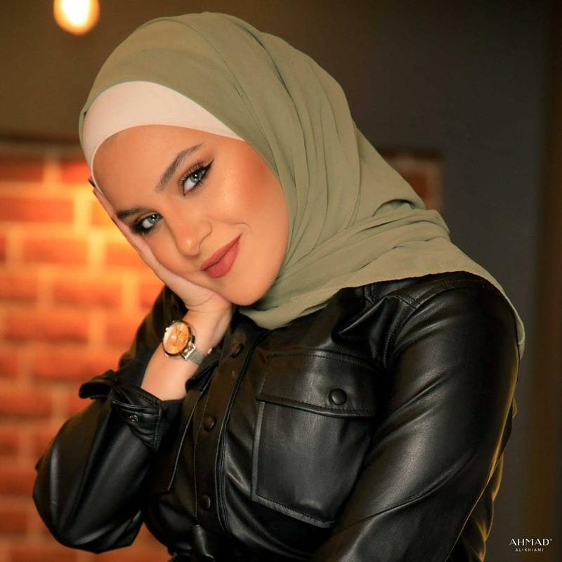 صور مايا بالحجاب ابنة الممثل محمد قنوع