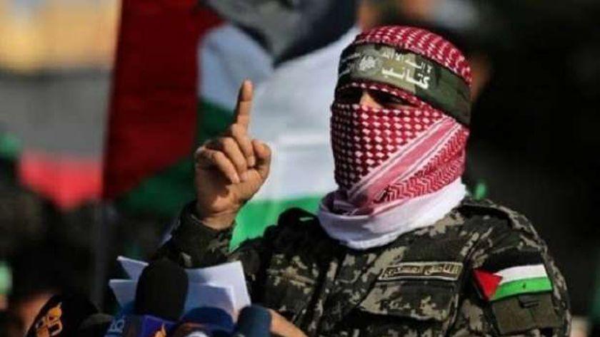 من هو أبو عبيدة متحدث حماس وكتائب القسام