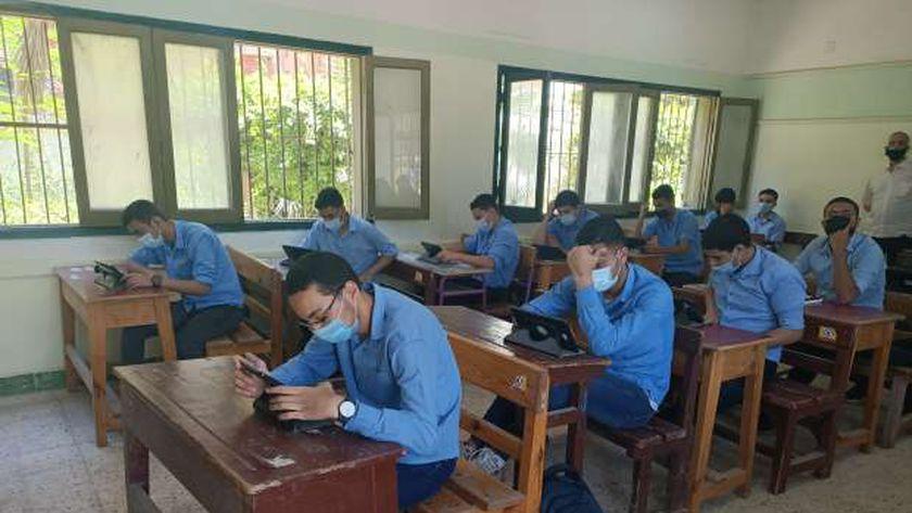سين وجيم عن امتحانات الثانوية العامة في مصر 2021