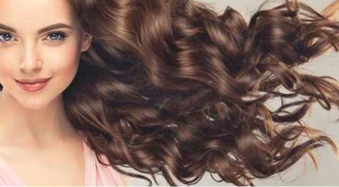 افضل الوصفات الطبيعية لتطويل الشعر