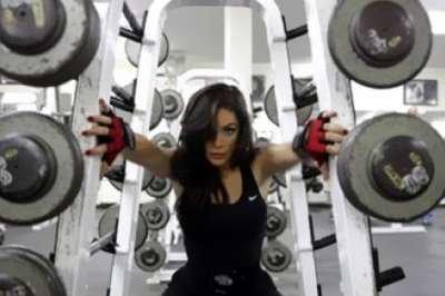 صور فرح ملحس لاعبة كمال الأجسام الأردنية