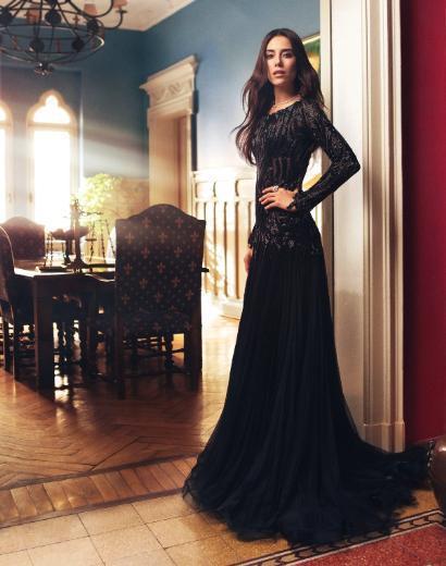 """التركية عائشة في فساتين سهرة جريئة  2013 - النجمة التركية جانسو ديري على غلاف مجلة """"instyle 2013"""
