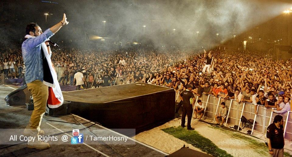 صور حفلة تامر حسنى بالامارات - بالصور حفلة تامر حسني في الامارات