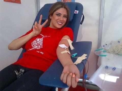 صور نادين و نجيم, صور نجيم وندين يتبرعو بالدم