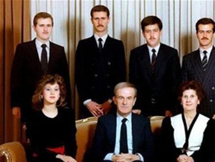 أنباء انشقاق بشرى الأسد ومغادرتها